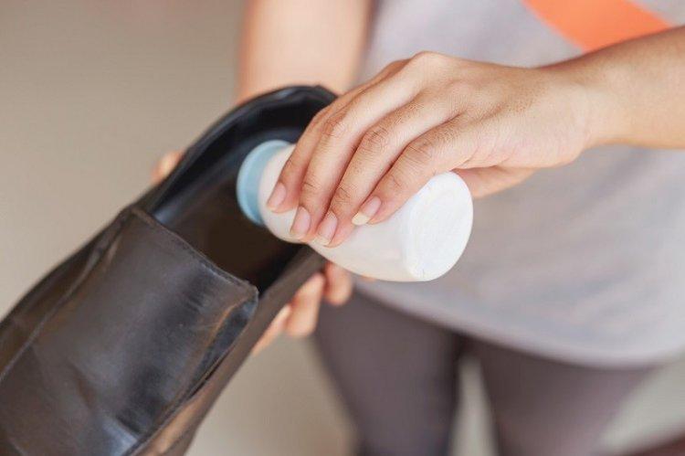 Растворы и пропитки - Как убрать запах из обуви в домашних условиях