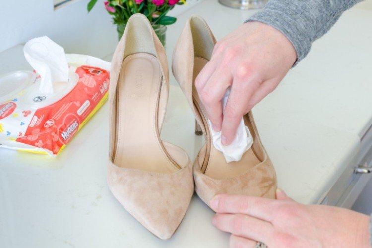 Как предотвратить неприятный запах в обуви