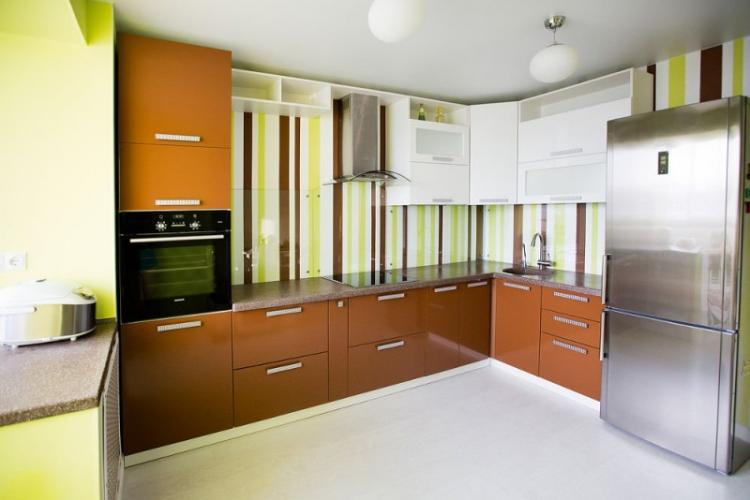 Как подобрать обои к мебели на кухне