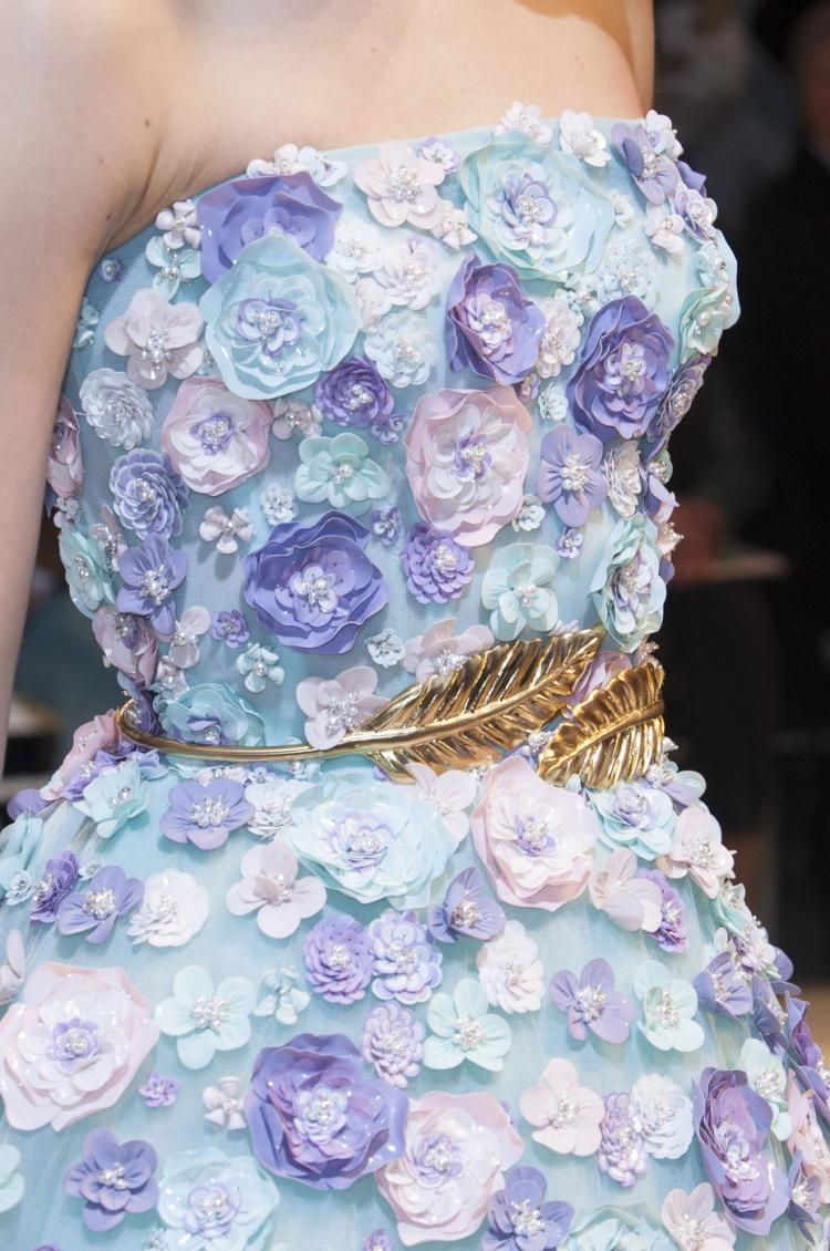 Объемные цветы - Как украсить платье своими руками