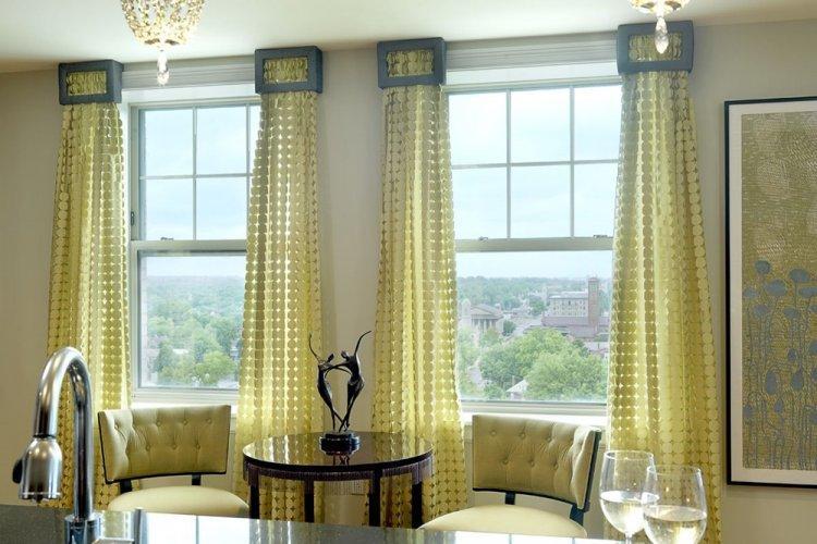Высокие занавески - Как визуально увеличить комнату