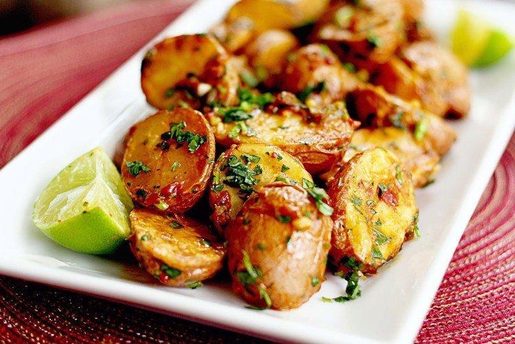 Картофель с пряностями запеченный в духовке - рецепты