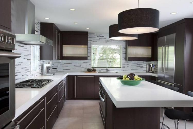 Коричневая кухня в стиле модерн - Дизайн интерьера