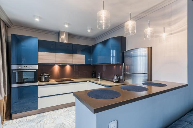 Отделка стен - Дизайн кухни в стиле модерн