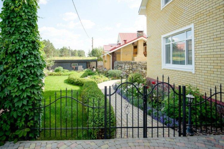 Забор - Ландшафтный дизайн дачного участка фото