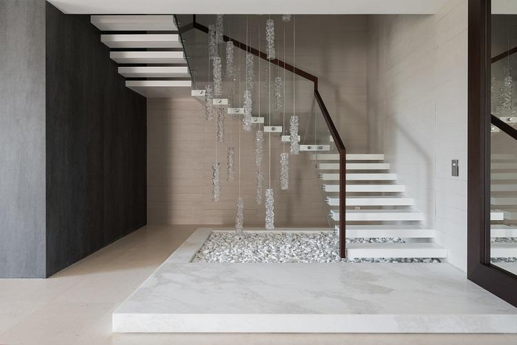 Лестницы на больцах - Виды лестниц на второй этаж