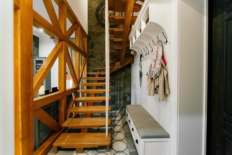 Морской стиль - Стиль и дизайн лестницы на второй этаж