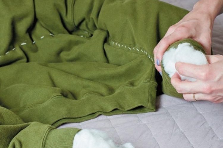 Лежанка из толстовки - Лежанка для собаки своими руками