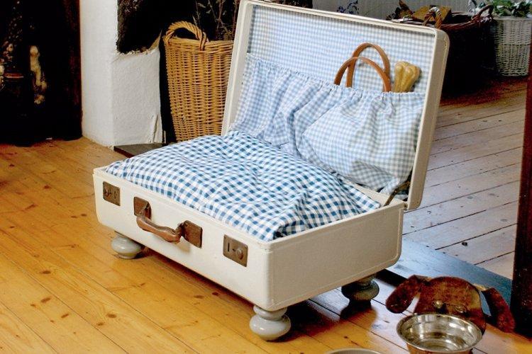 Лежанка из чемодана - Лежанка для собаки своими руками