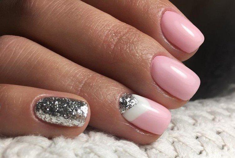 Блестки и металлик - Маникюр на короткие ногти 2021