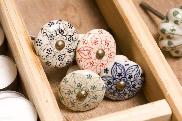 Керамика - Материалы для мебельных ручек