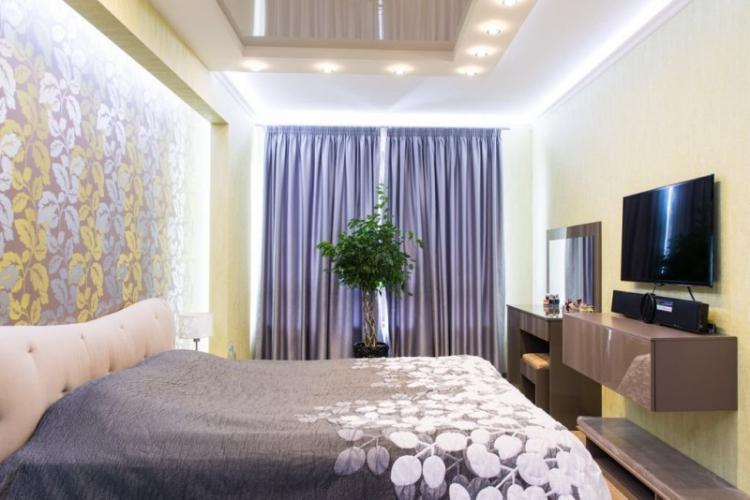 Точечные светильники - Освещение и подсветка натяжного потолка в спальне