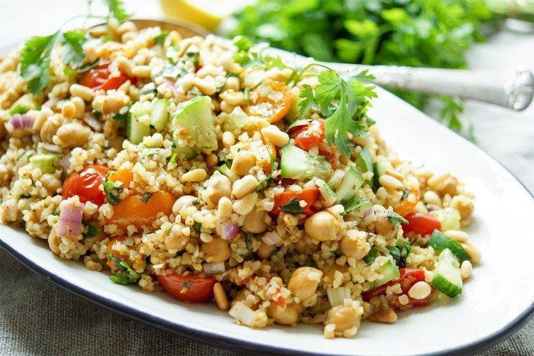 Салат с курицей нутом и кускусом - Новогодние салаты без майонеза рецепты