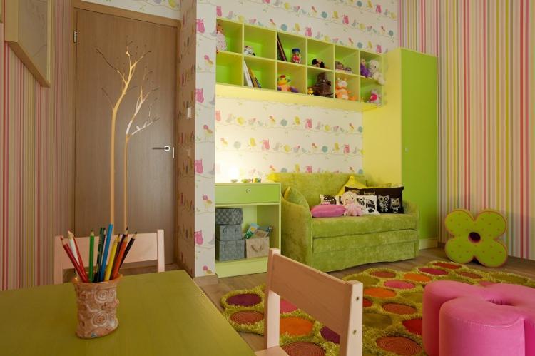 Правильное комбинирование обоев в детской комнате