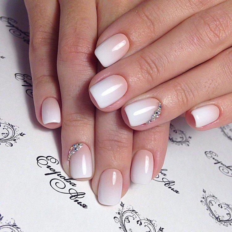 Омбре на ногтях вместо френча - фото
