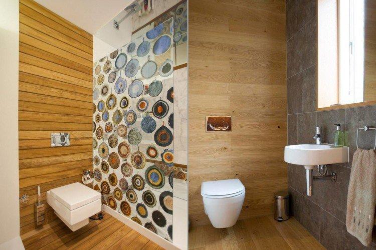 Особенности помещения - Отделка стен в туалете