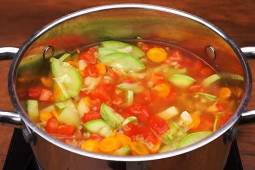Овощной суп с кабачками - пошаговый рецепт