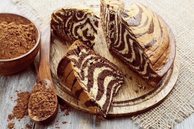 Пирог «Зебра» классический на сметане - рецепты