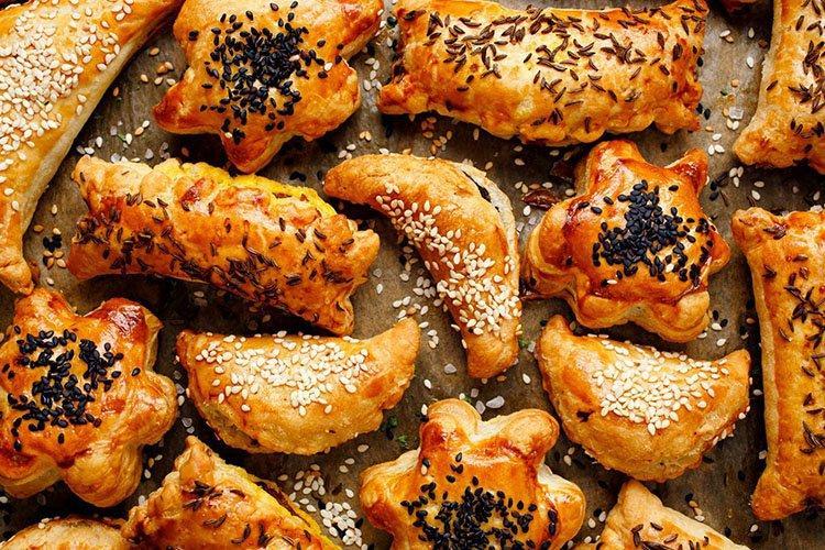 Слоеные пирожки с рыбой «Звездочки» - рецепты