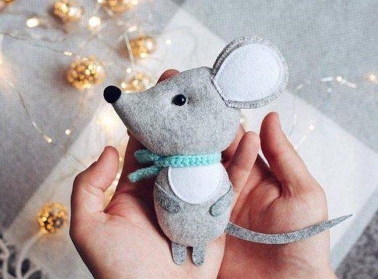 Новогодняя крыса из фетра - Подарки на Новый год 2020 своими руками
