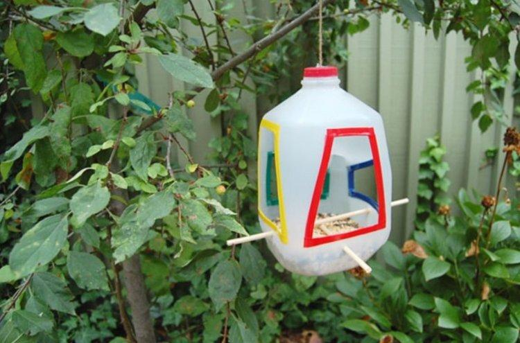 Кормушки для птиц - Поделки из пластиковых бутылок своими руками