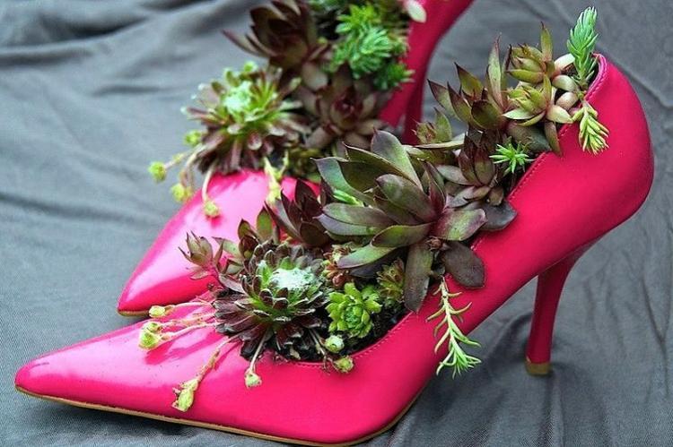Красивые вазоны из старой обуви - Поделки из старых вещей своими руками