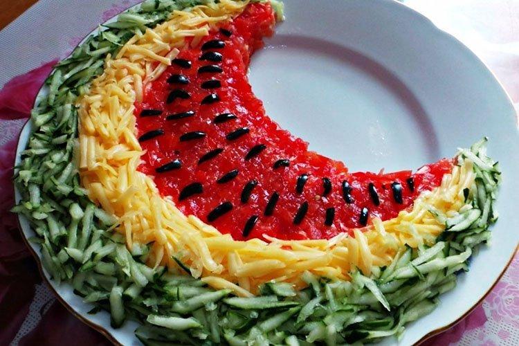 Салат Долька арбуза на день рождения - рецепты