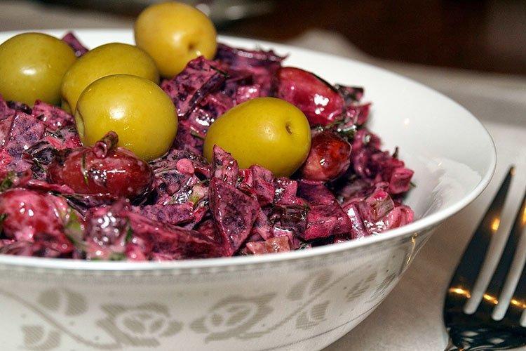 Салат с фасолью и свеклой - рецепты