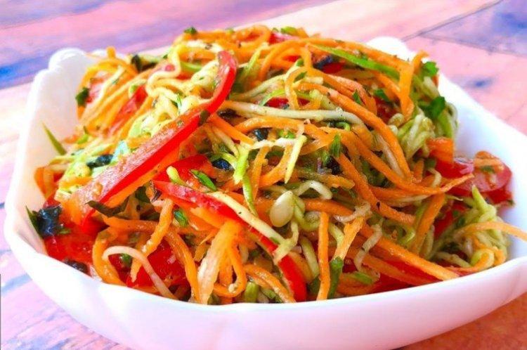 Салат с корейской морковью и овощами - рецепты