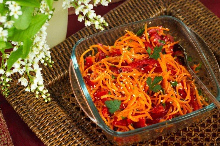 Салат с корейской морковью, болгарским перцем и кинзой - рецепты