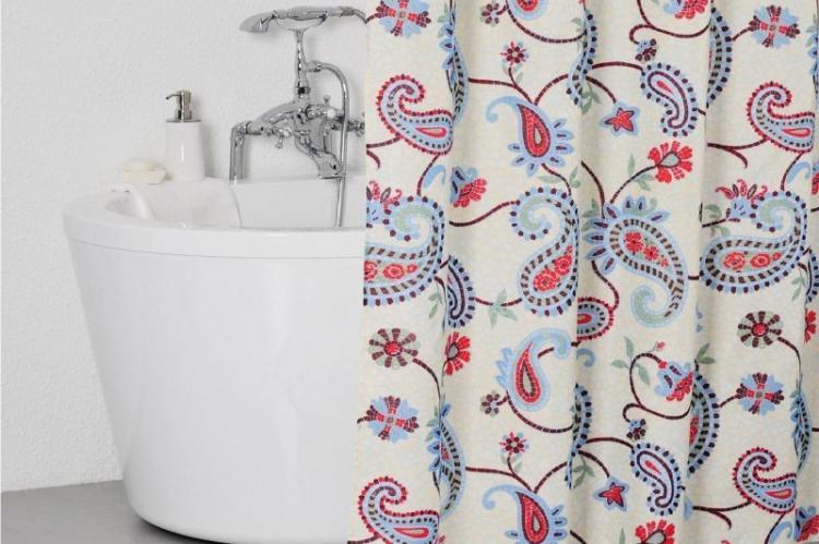 Находки с AliExpress: 17 крутых шторок для твоей ванны