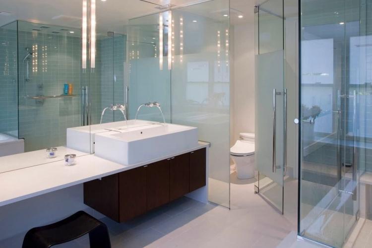 Стеклянные перегородки в ванной комнате - Дизайн интерьера