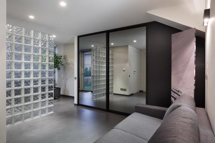 Стеклянные перегородки в прихожей - Дизайн интерьера