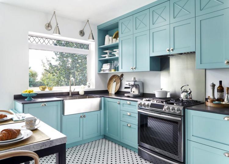 Угловые гарнитуры для маленькой кухни