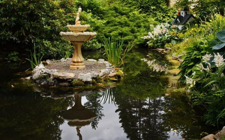 Фонтаны и водоемы - Украшения для сада своими руками