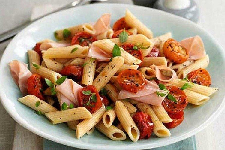 Паста с ветчиной и помидорами - Ужин за 15 минут рецепты