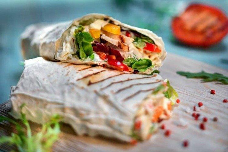 Шаурма с курицей и овощами - Ужин за 15 минут рецепты