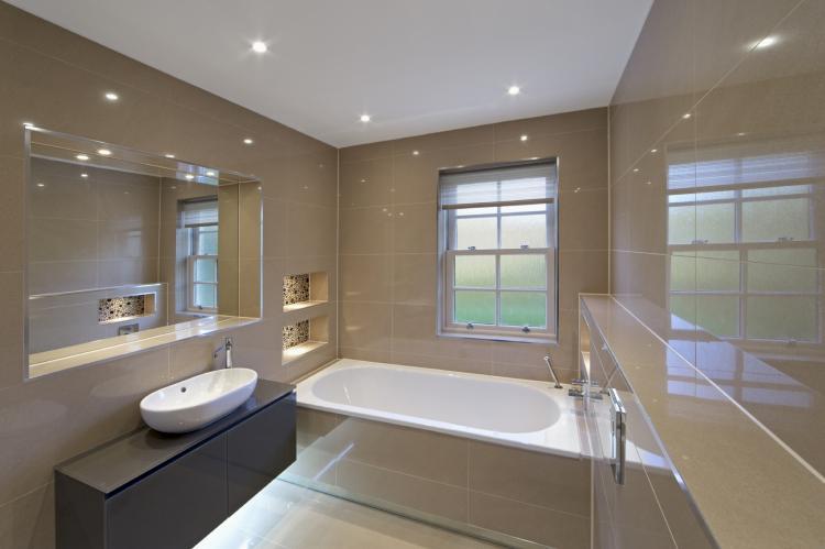 Отделка потолка - Дизайн ванной комнаты в современном стиле