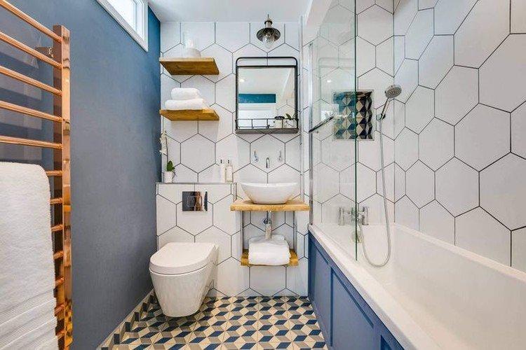 Синяя ванная комната в скандинавском стиле - Дизайн интерьера