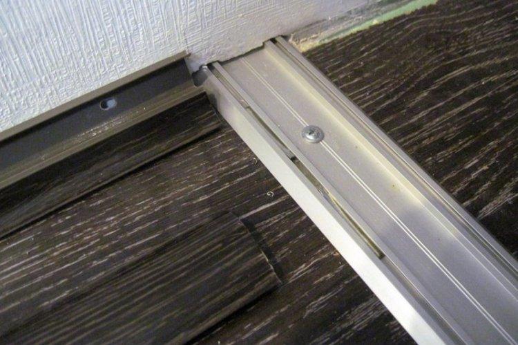 Установка двери - Встроенный шкаф-купе своими руками