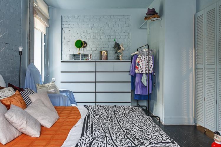 Яркий интерьер квартиры-студии, 28 кв.м.