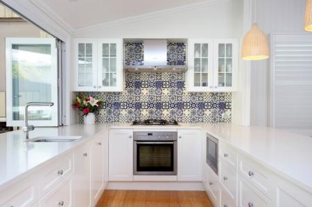 Белая кухня с белой столешницей (100+ фото)