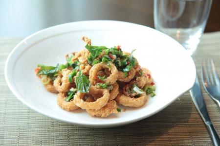 20 вкусных блюд из кальмаров, которые стоит приготовить дома