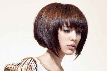 Боб каре на короткие волосы: 12 идей стрижки (фото)