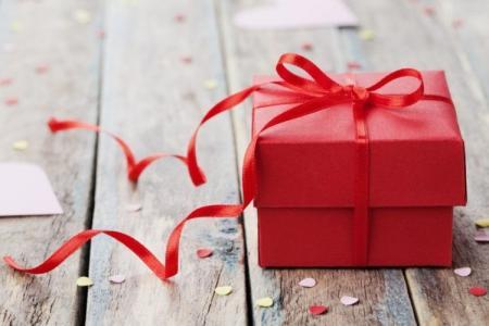 Что подарить папе на День рождения: 50+ лучших идей подарков