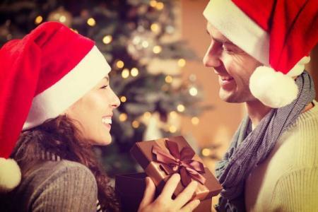 Что подарить парню на Новый год 2021: идеи лучших подарков