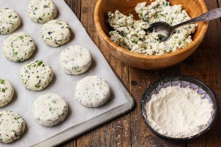 Что приготовить из творога: 20 быстрых и вкусных рецептов