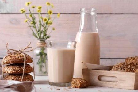 Как сделать домашнее топленое молоко на плите, в духовке, мультиварке