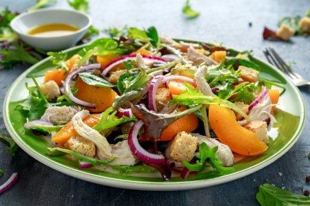 ТОП-20 самых быстрых салатов, которые готовятся за 10 минут