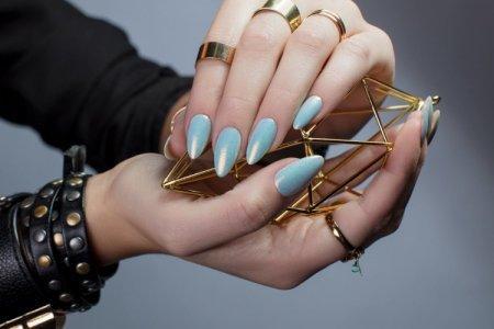 Маникюр на длинные ногти 2021: модные новинки и идеи (50 фото)